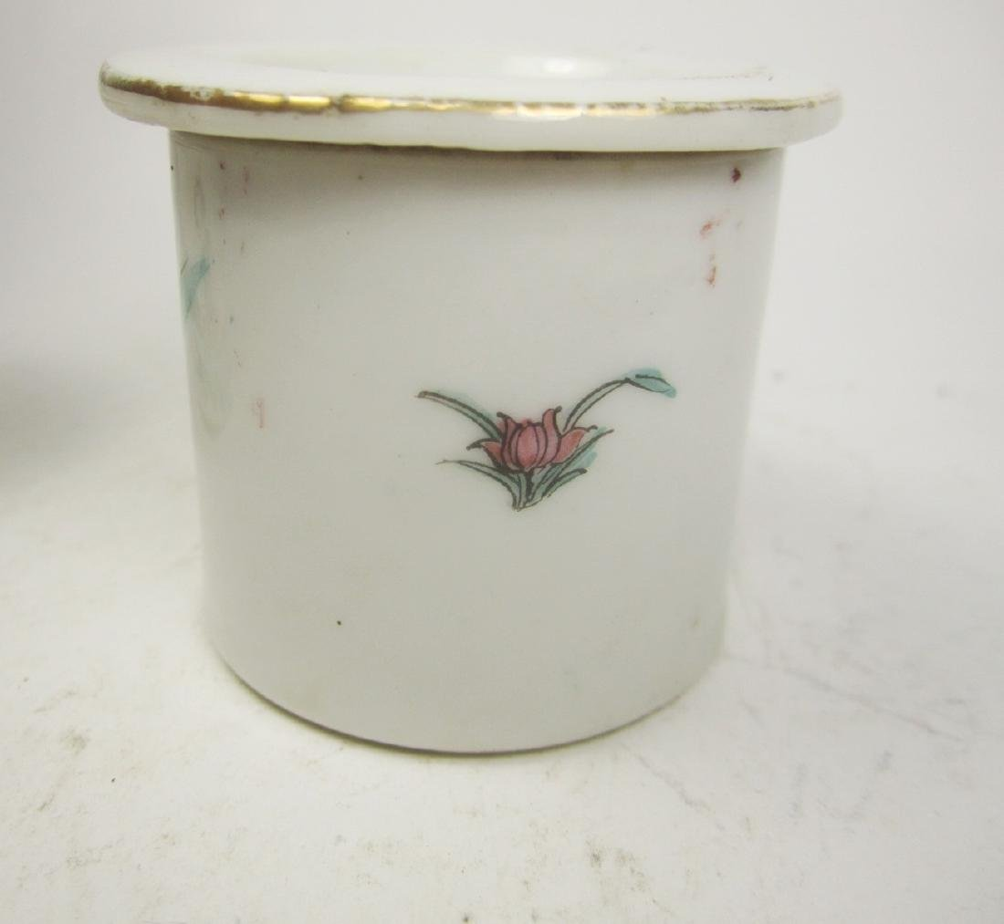 CHINESE FAMILLE ROSE CRICKET JAR W/LID - 3