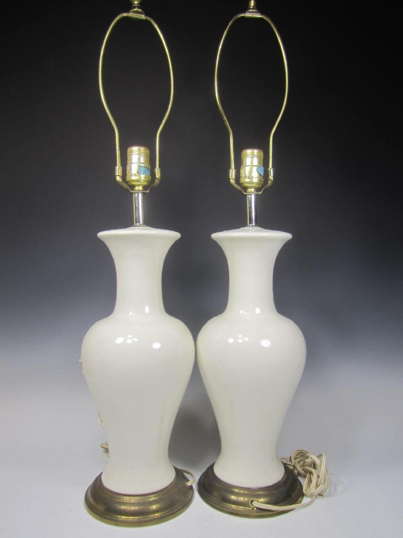 PAIR OF CHINESE WHITE PORCELAIN TABLE LAMPS - 2