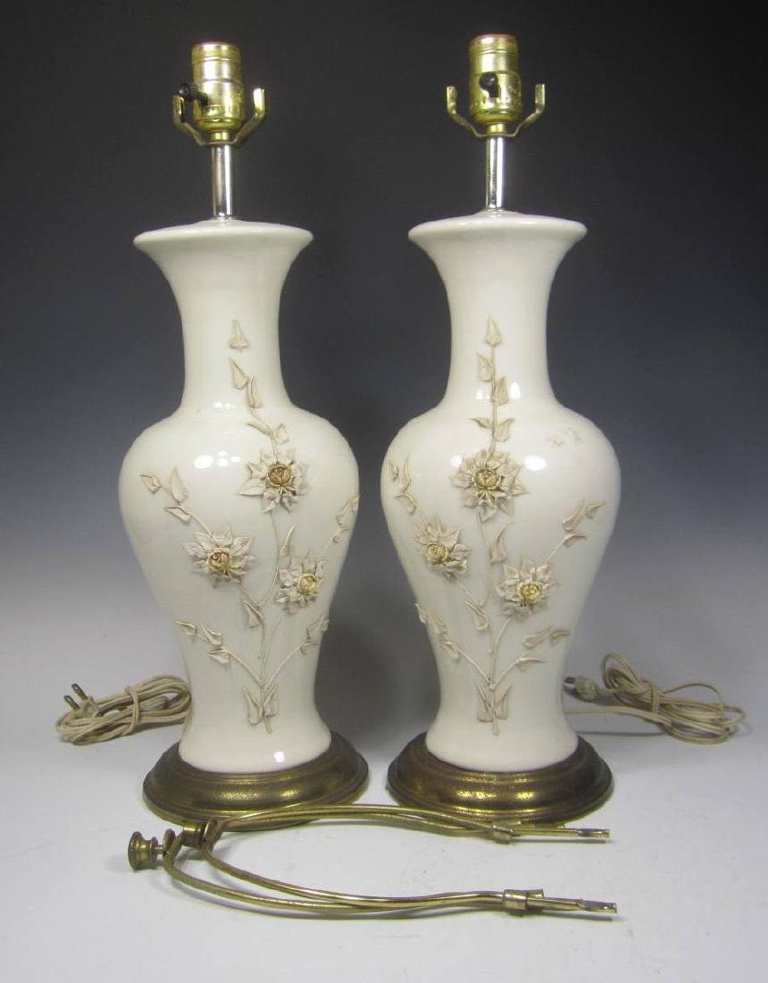 PAIR OF CHINESE WHITE PORCELAIN TABLE LAMPS - 5