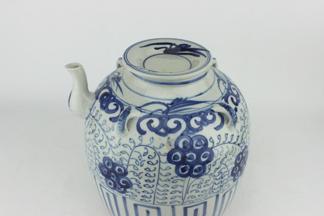 LARGE CHINESE BLUE & WHITE TEA POT - 2
