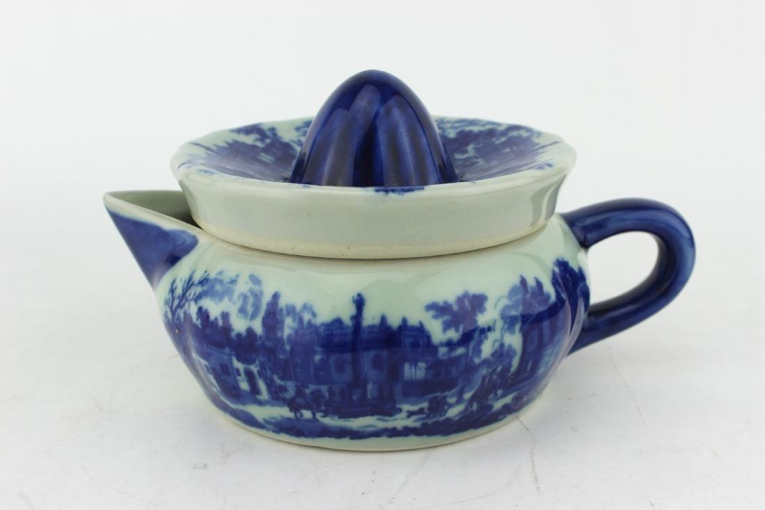 BLUE & WHITE LIDDED COFFEE POT