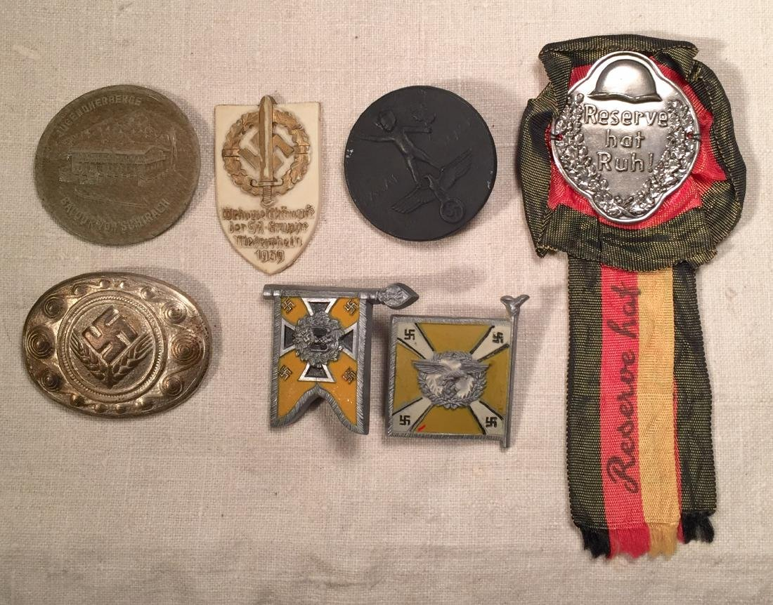 German WWII Tinnies and Ribbon