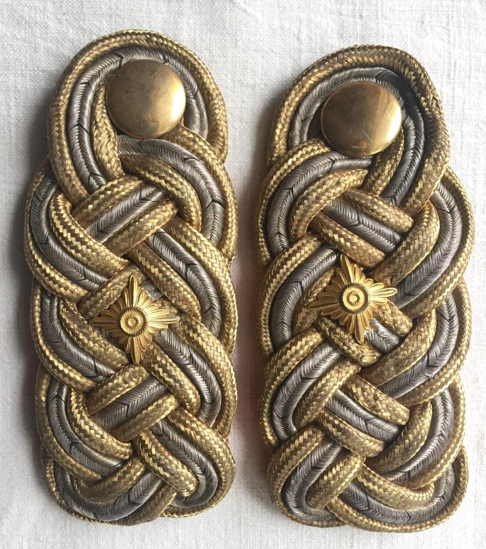 Pair German WWII Shoulder Boards with Buttons