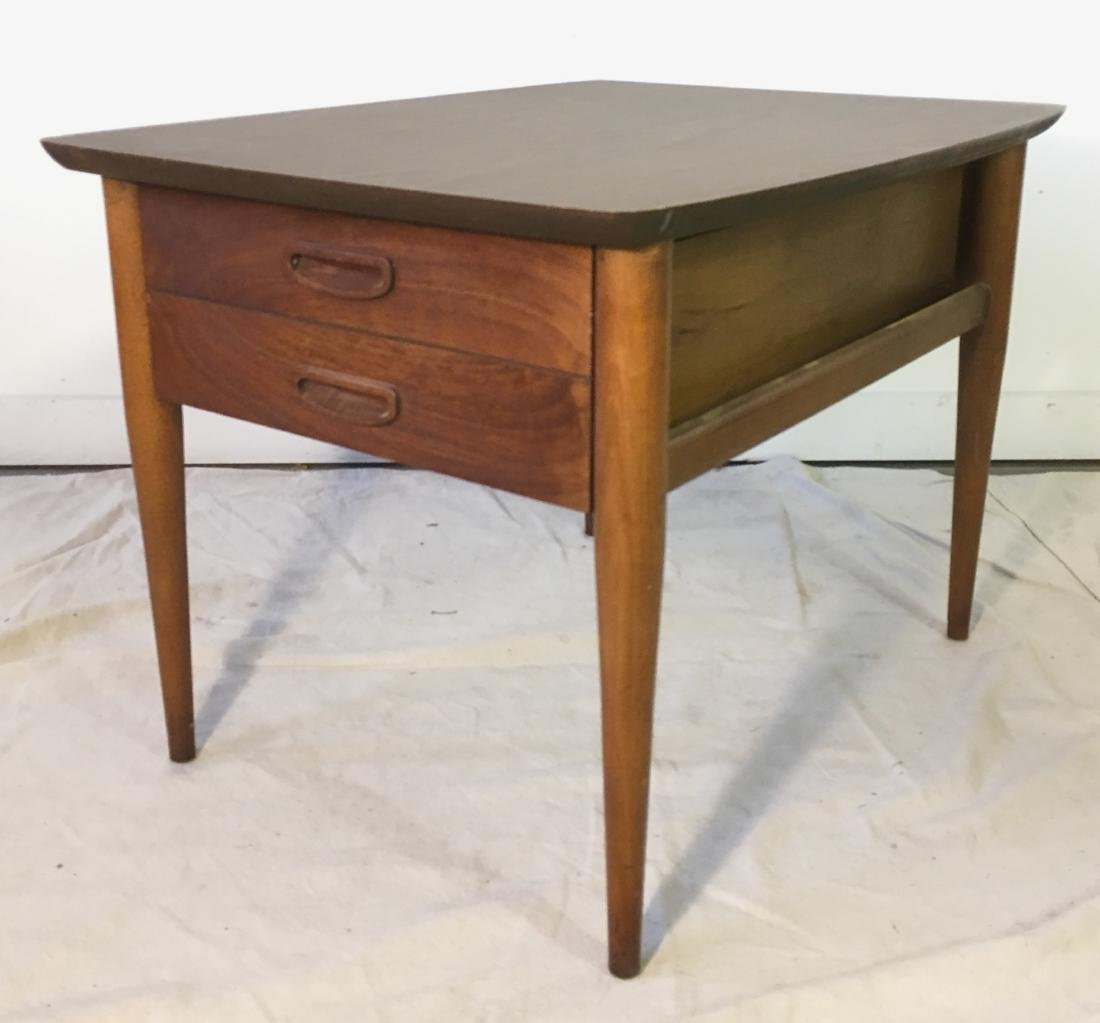 Lane End Table