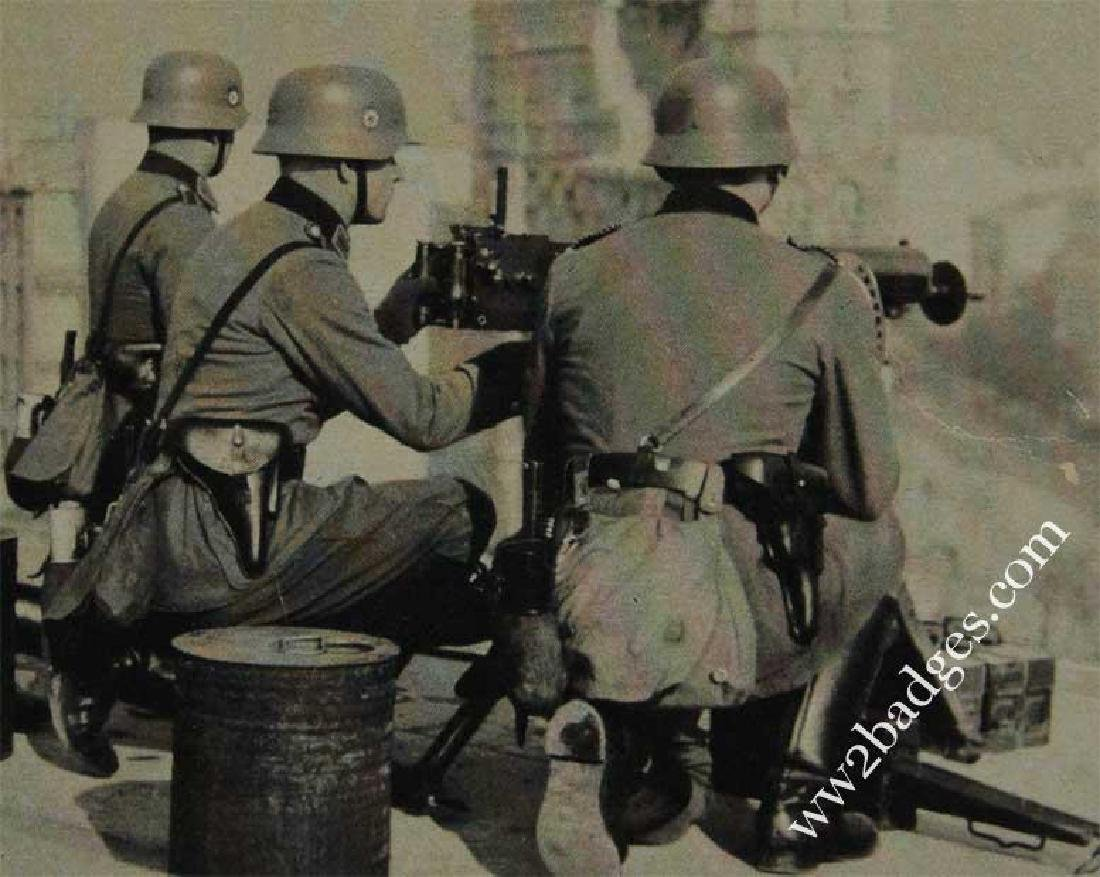 German WW2 Polizei Postcard w. Weapons, 1939 - 1940 - 2