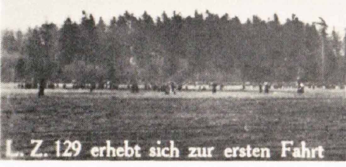 German WW2 NAZI DEUTSCHLAND Postcard Zeppelin, 1939 - 5