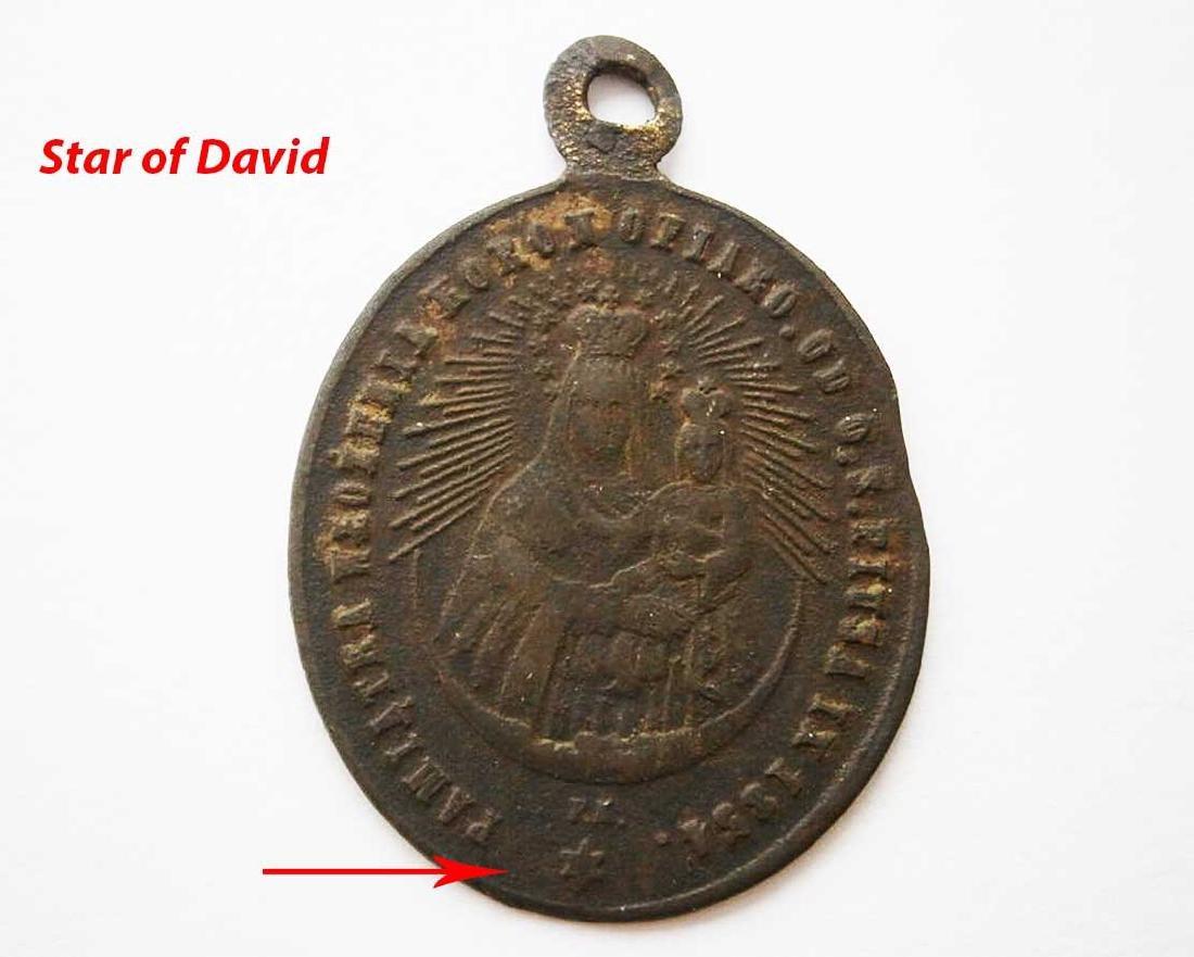 Unusual Poland WW2 Medalion w. STAR of DAVID - 10