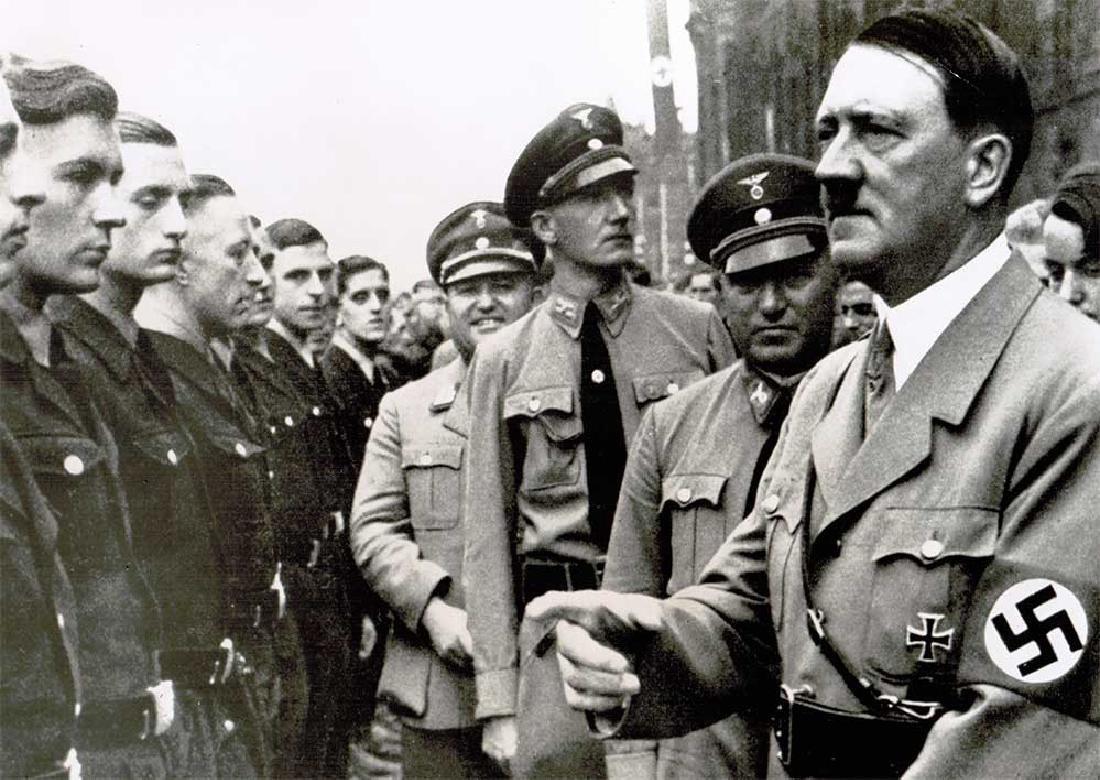 German WWII Photo of Adolf Hitler - 2