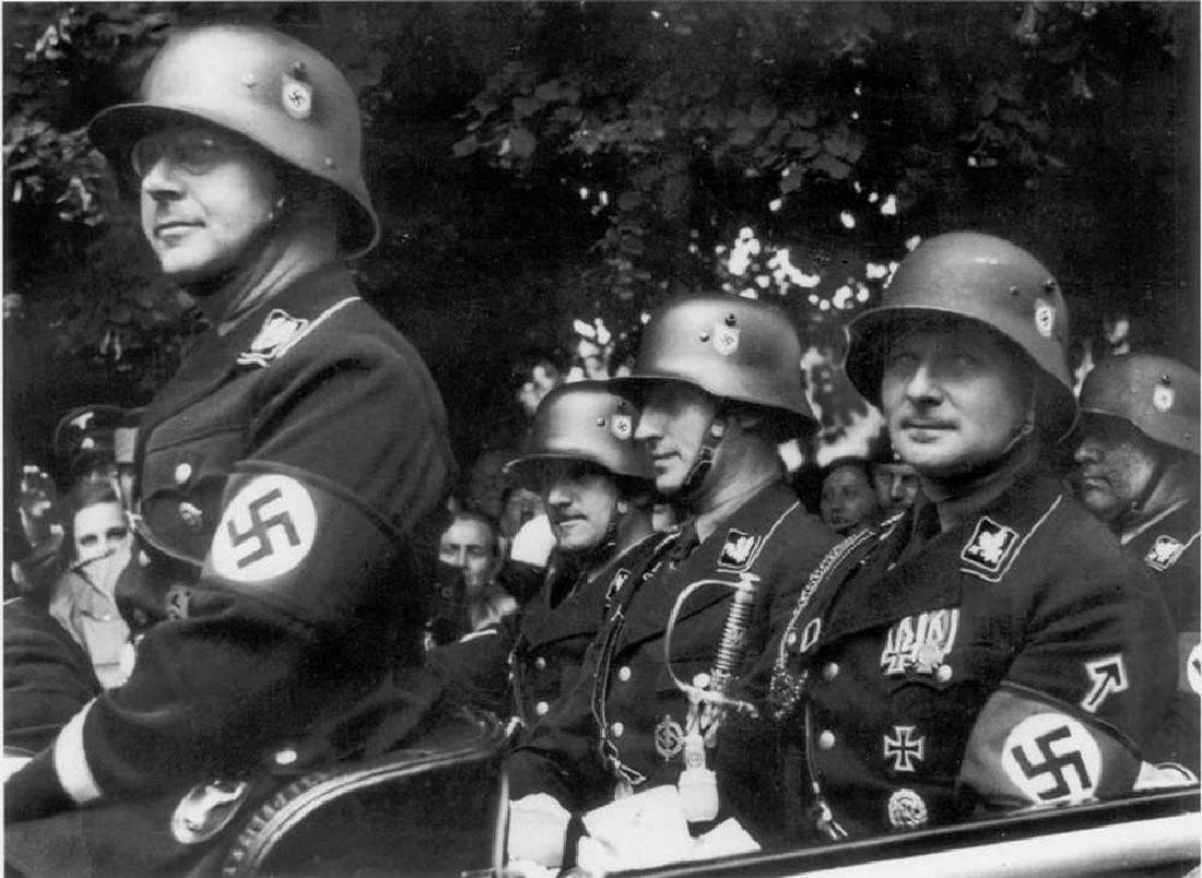 GERMAN WW2 SS Silver Ring w. TOTENKOPF SKULL - 5