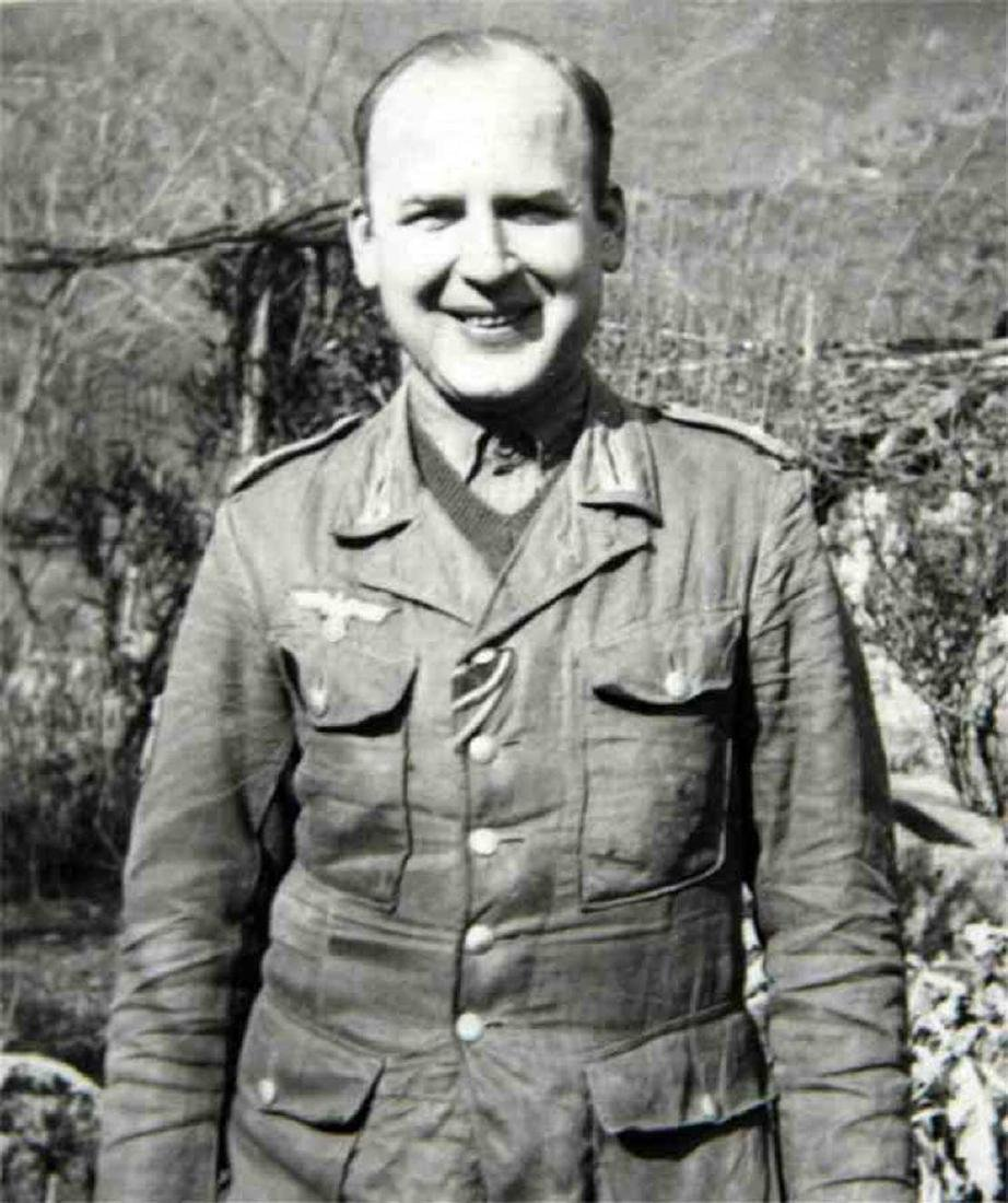 Photo of German volunteer soldier from ROA, 1945