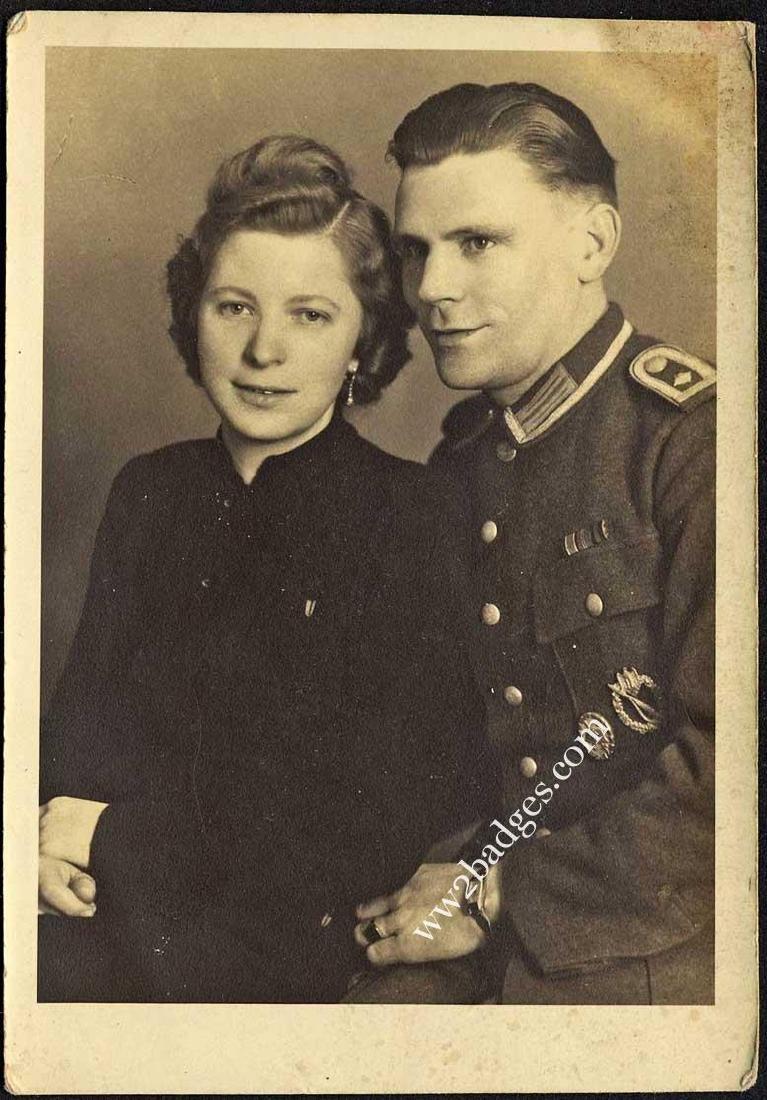 German WW2 Photo w. Legion Condor Badges