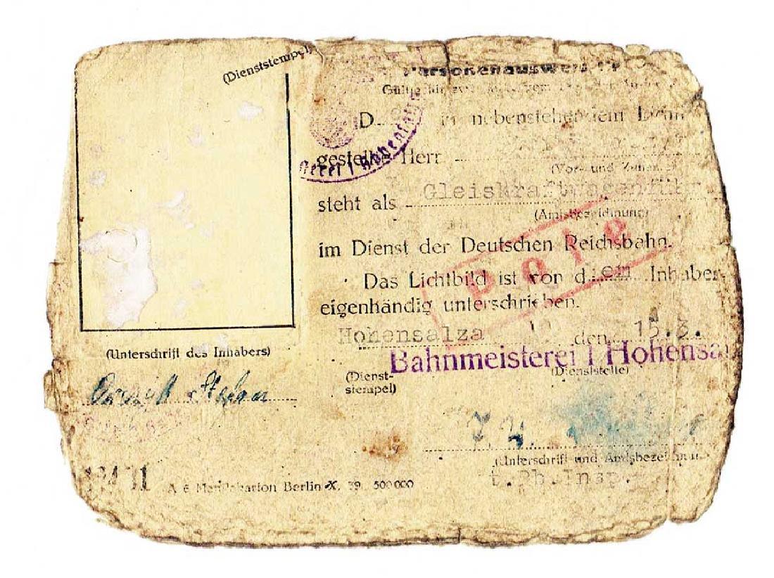 German WW2 Personal Ausweis ID Document, 1942