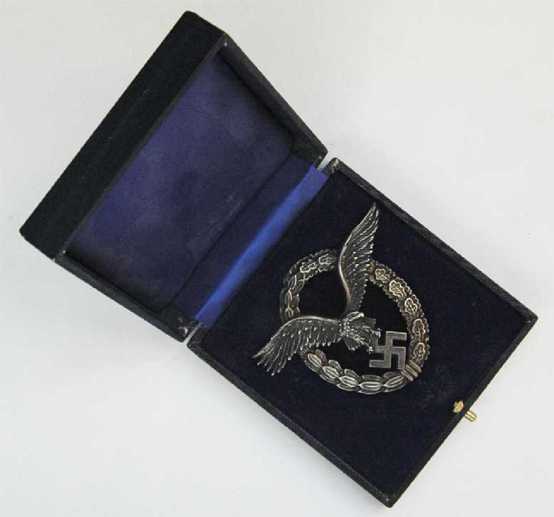 GERMAN WW2 LUFTWAFFE PILOT Badge + ETUI