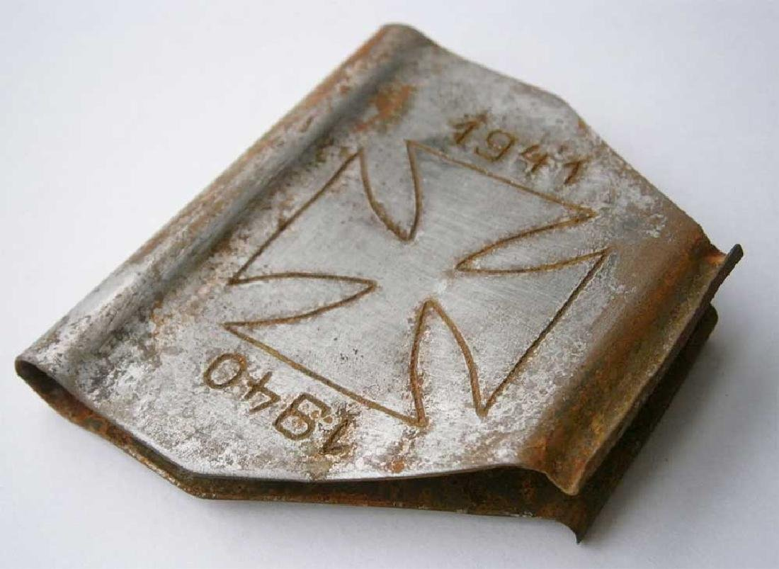 Original German WW2 Clip for Money w. Iron - 4
