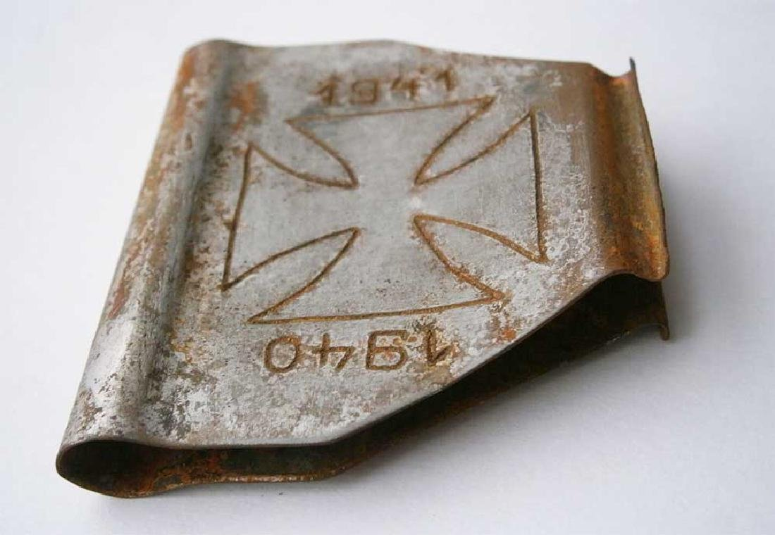 Original German WW2 Clip for Money w. Iron - 6