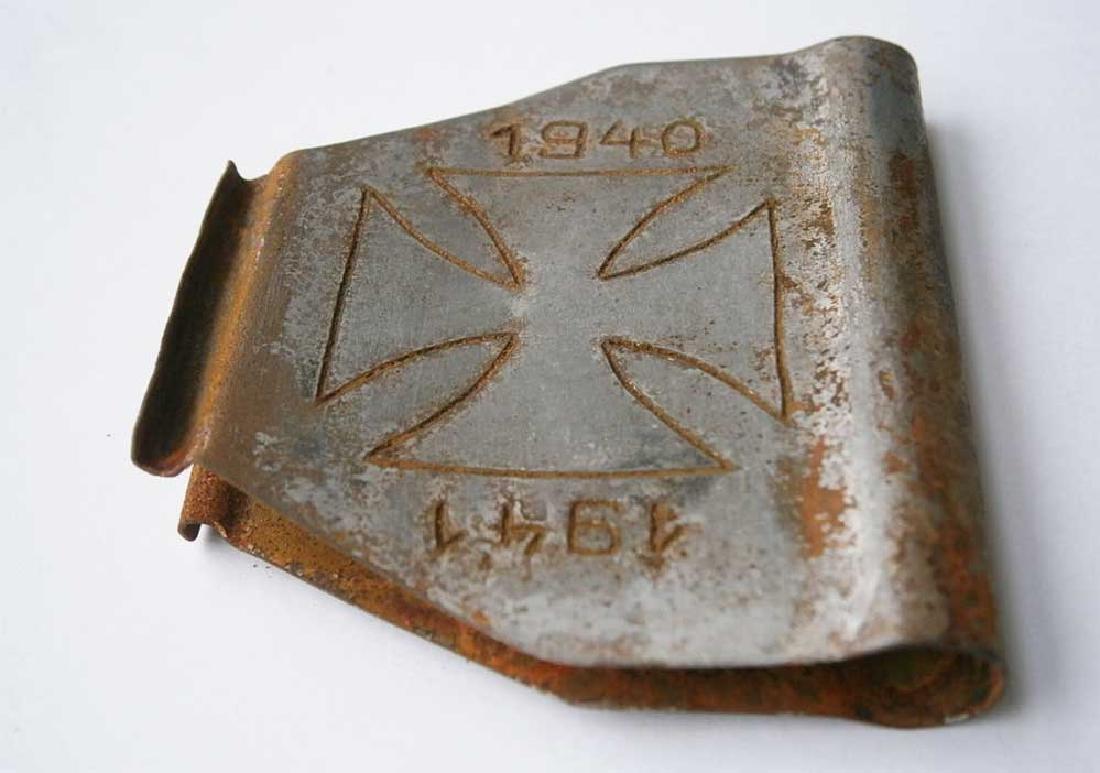 Original German WW2 Clip for Money w. Iron - 8