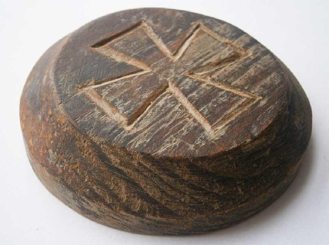 Original German WW2 Plate w. Iron Cross, 1941-1945
