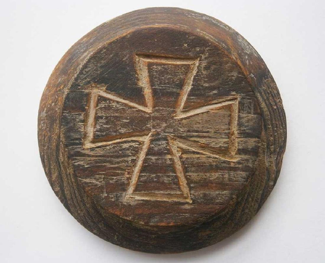 Original German WW2 Plate w. Iron Cross, 1941-1945 - 2