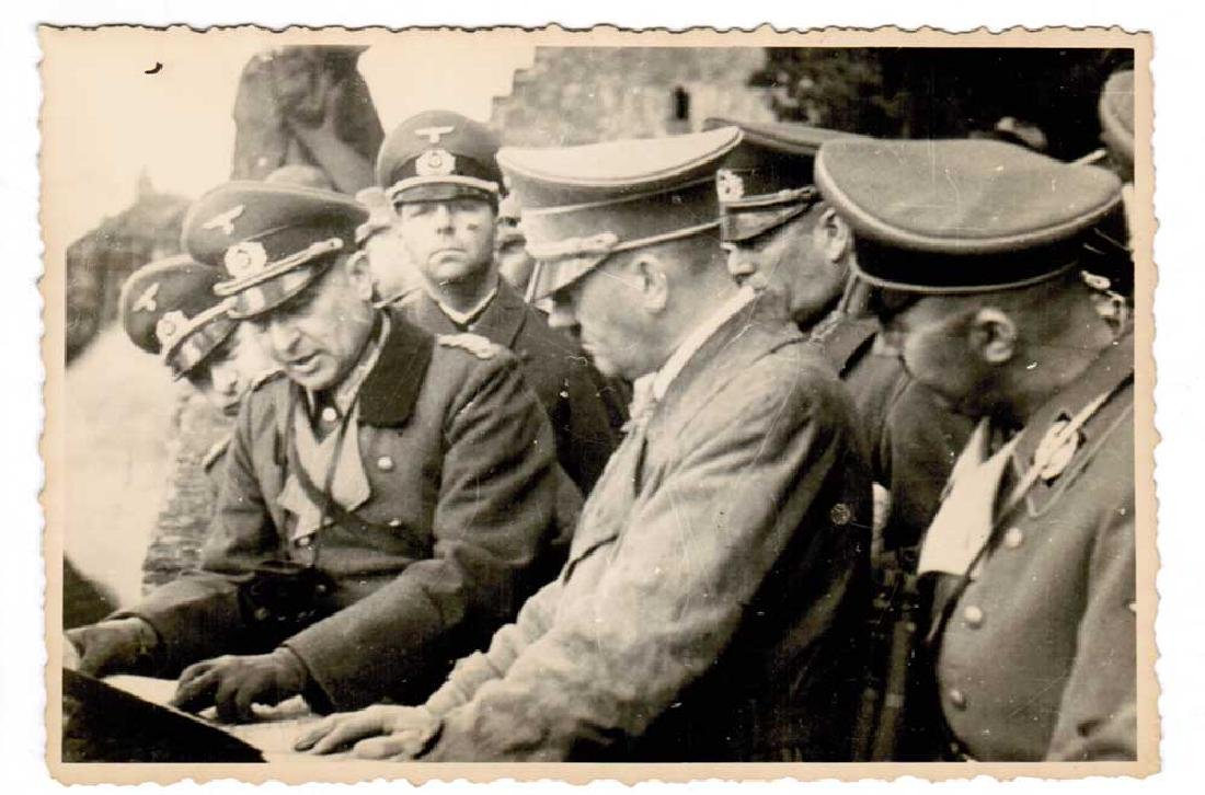 German WWII Photo of Adolf Hitler fr. Public Archives - 2