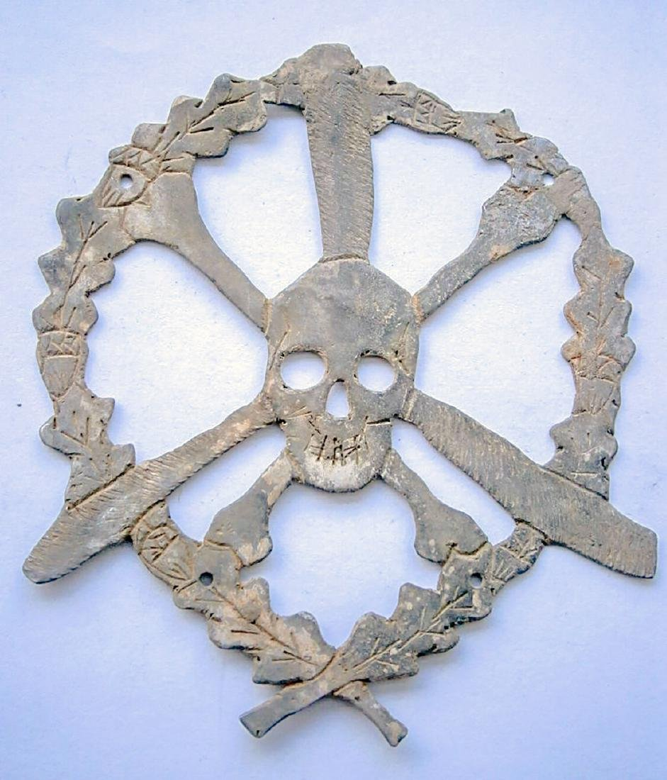 German WW2 Skull & Bones f. Helmet M35 or M42