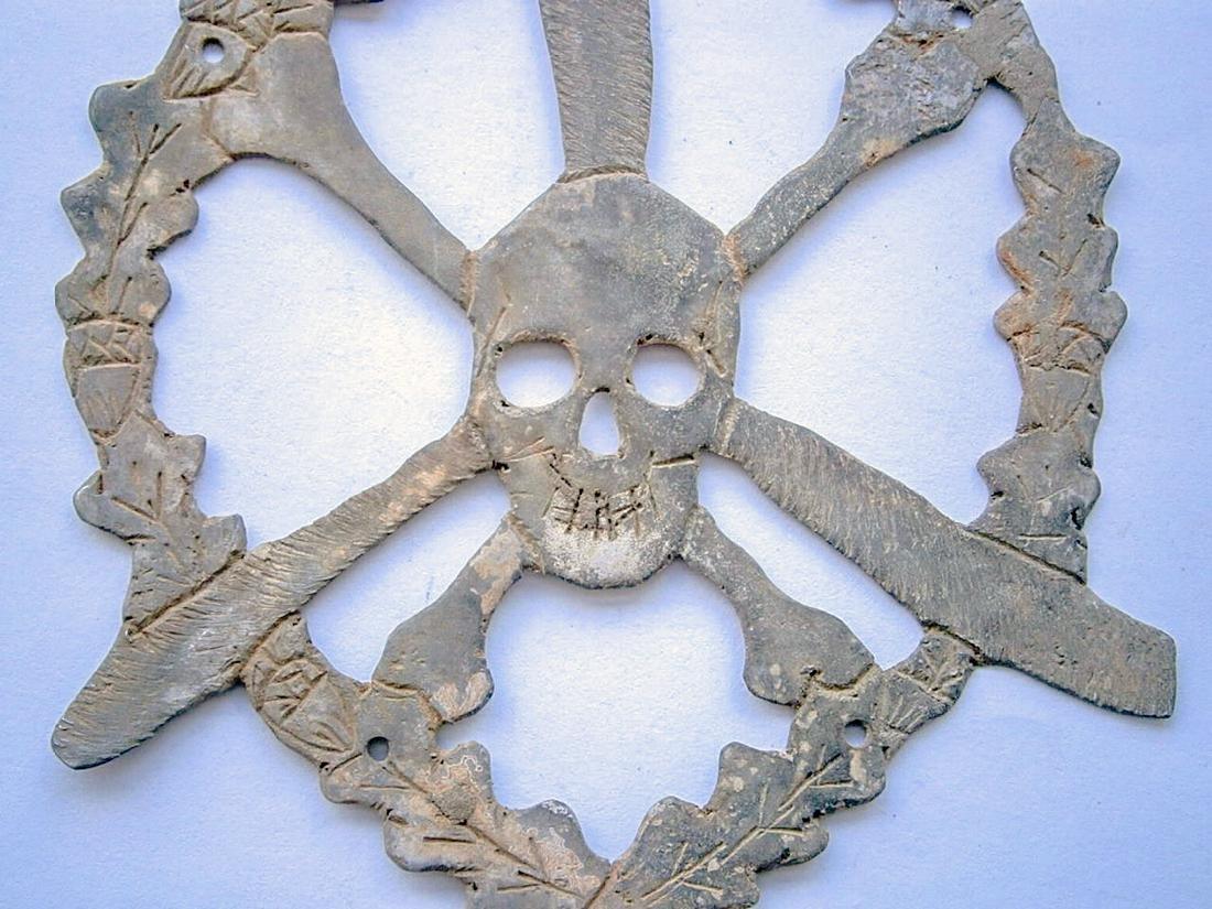German WW2 Skull & Bones f. Helmet M35 or M42 - 5