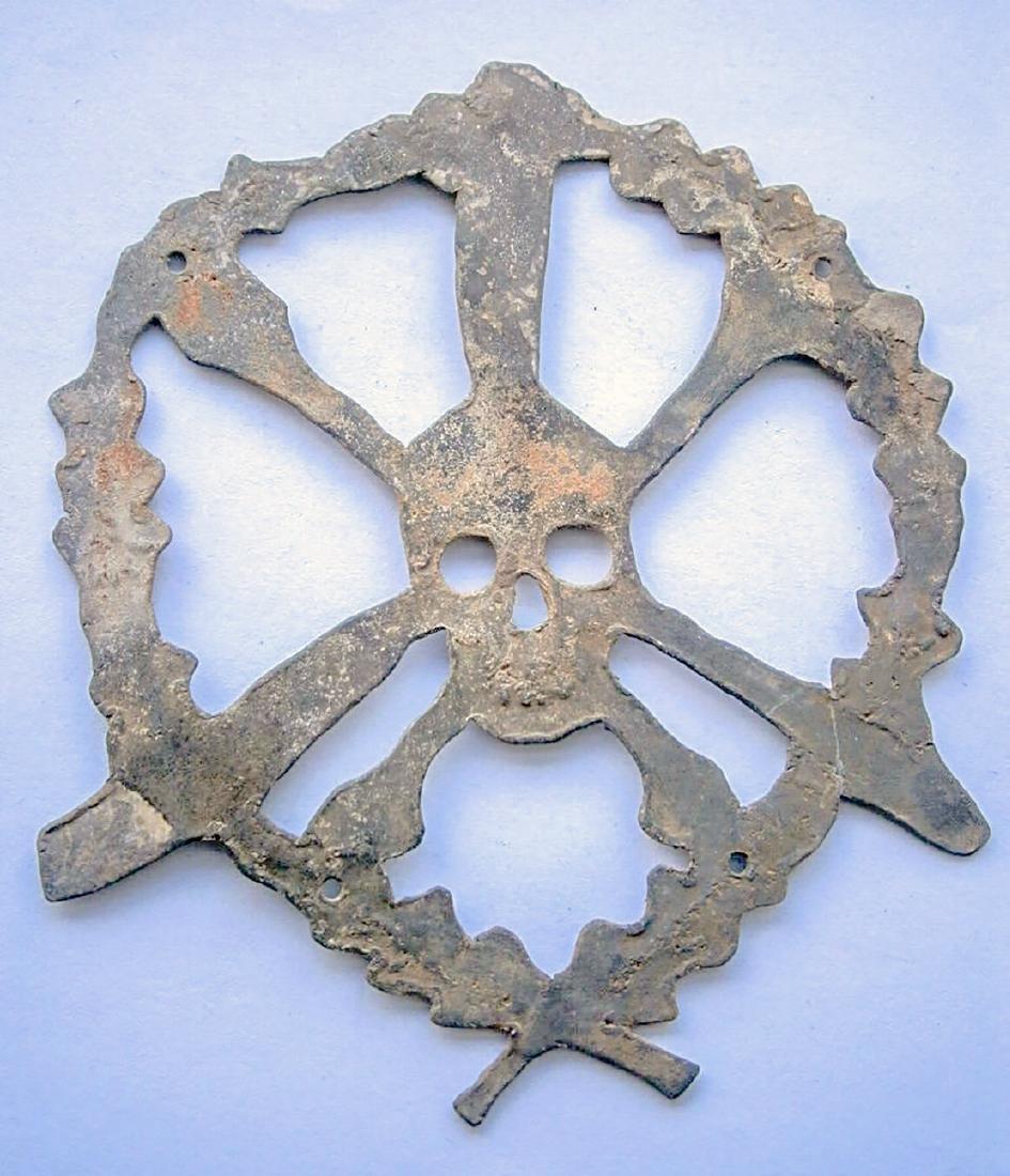 German WW2 Skull & Bones f. Helmet M35 or M42 - 7