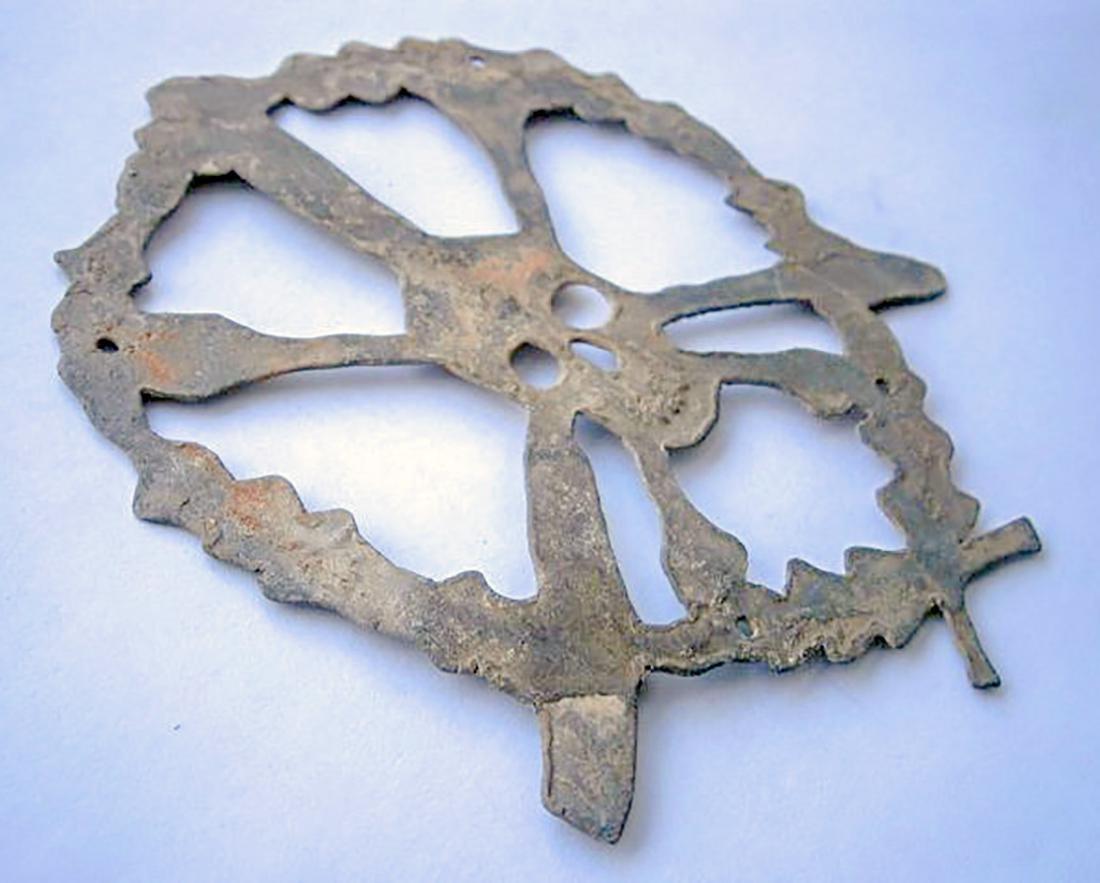 German WW2 Skull & Bones f. Helmet M35 or M42 - 8