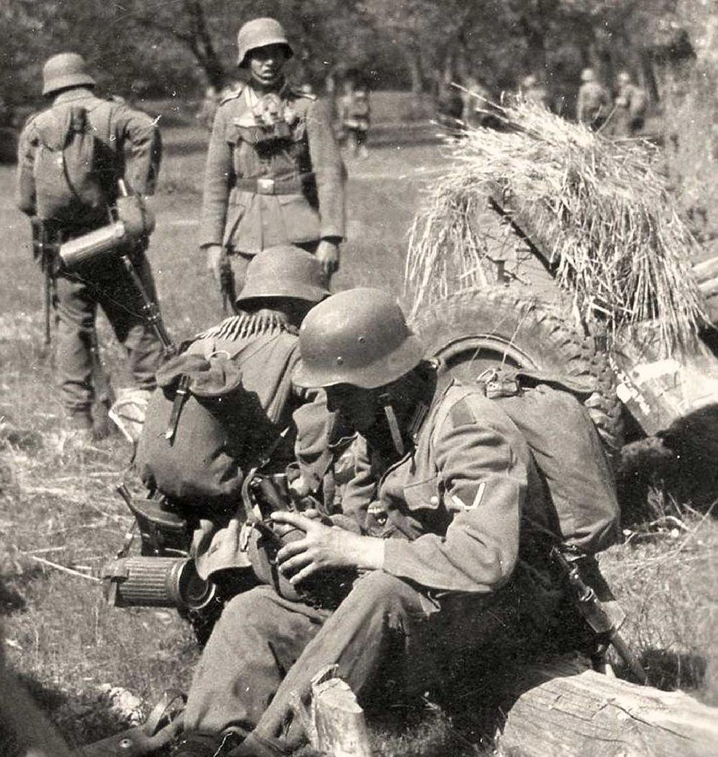 Original German WW2 Skull & Bones f. Helmet M35 or M42 - 10