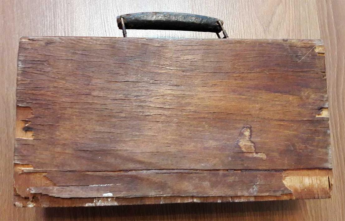 Original Jewish WW2 Doctor's Suitcase w. Star of David - 6
