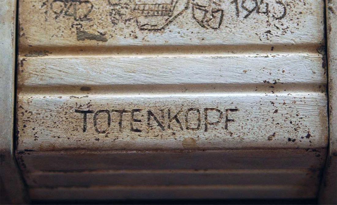 Original German WW2 Box Totenkopf 4 Panzerarmee - 4
