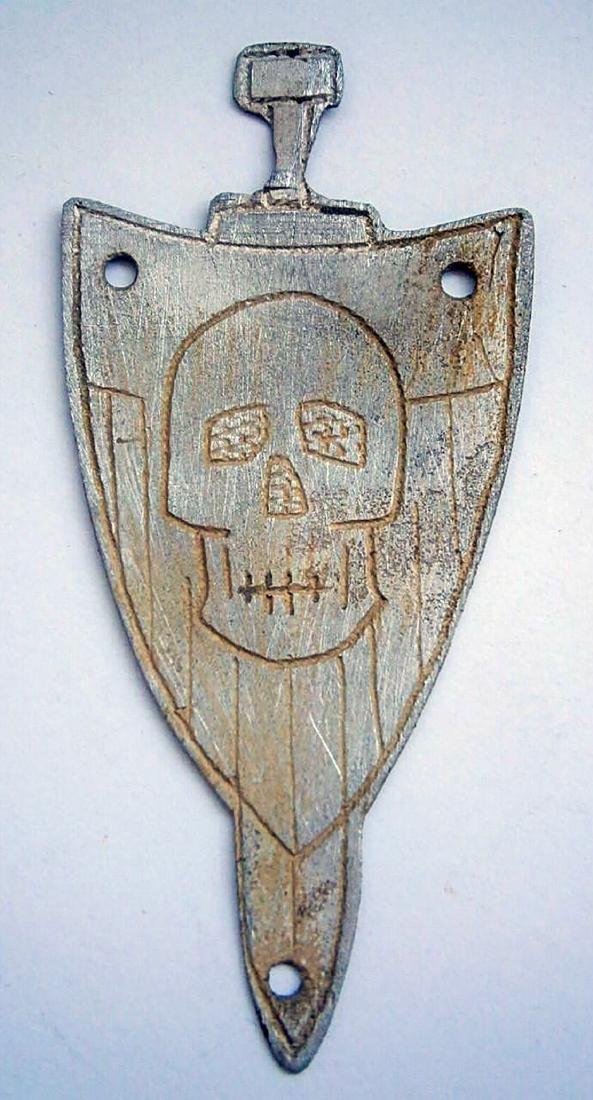 Original German WW2 Shield w. SWORD & SKULL & BONEs