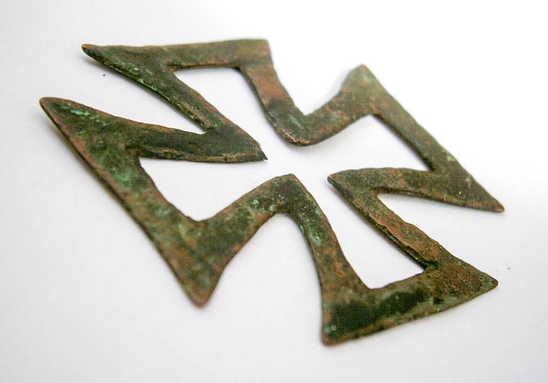Original German WW2 Bronze Iron Cross, 1941-1945 - 2