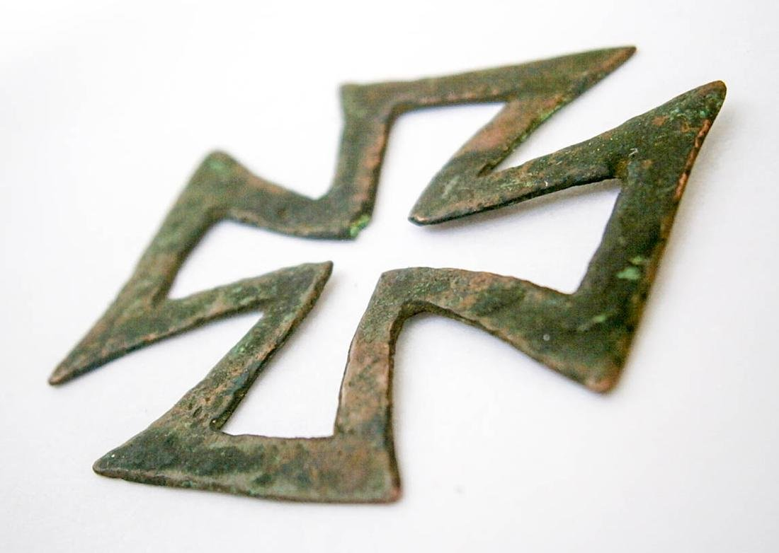 Original German WW2 Bronze Iron Cross, 1941-1945 - 3