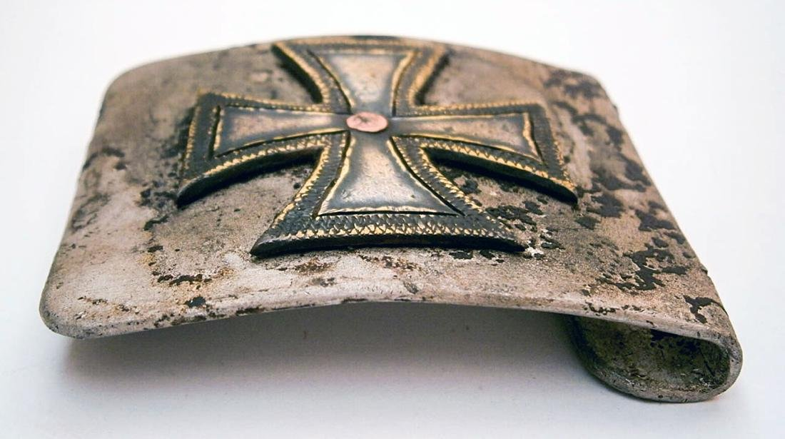German WW2 Belt Buckle w. Iron Cross, Trench Art - 3