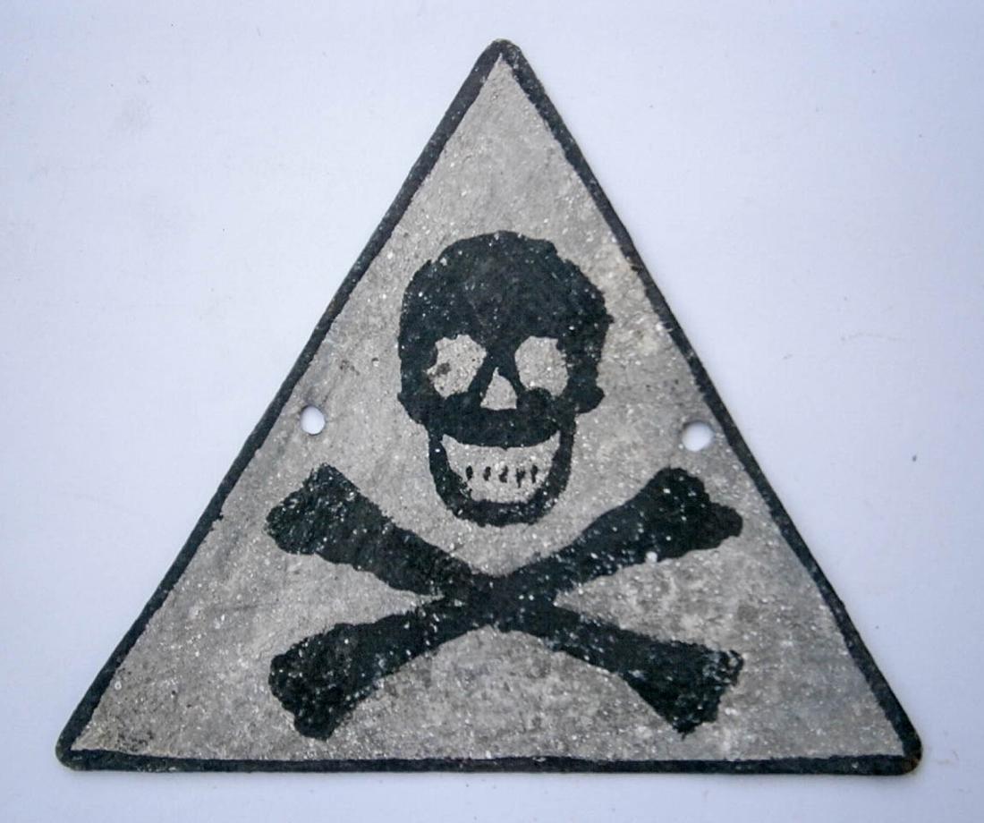 Original German WW2 SIGN w. Skull & Bones