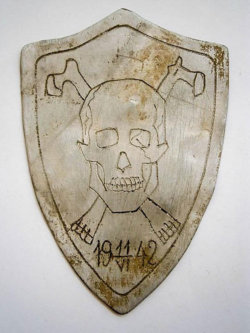 Original German WW2 SHIELD w. Skull & Bones, Trench Art