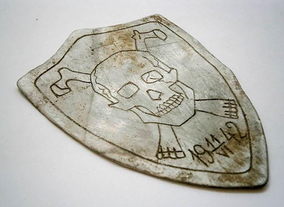 Original German WW2 SHIELD w. Skull & Bones, Trench Art - 3