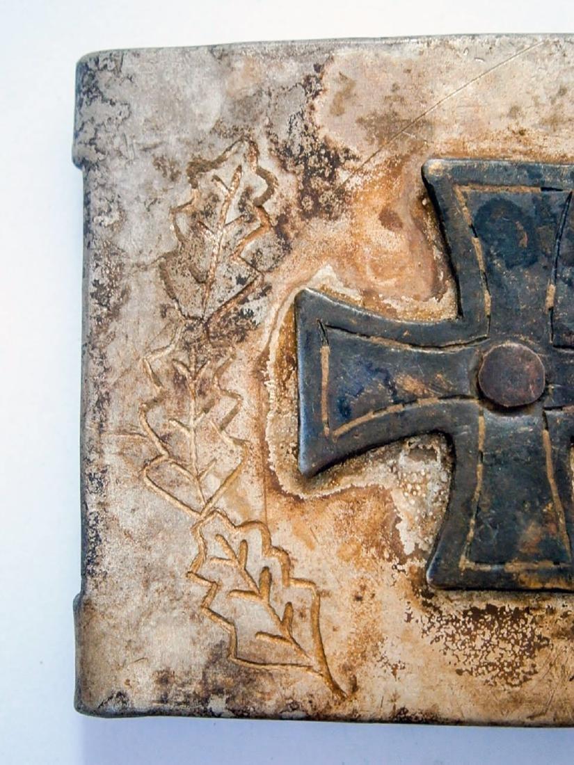 German WW2 Belt Buckle w. Iron Cross & OAK Leaves - 5