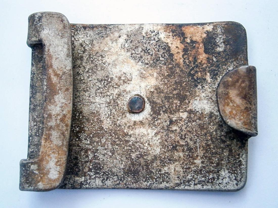 German WW2 Belt Buckle w. Iron Cross & OAK Leaves - 9