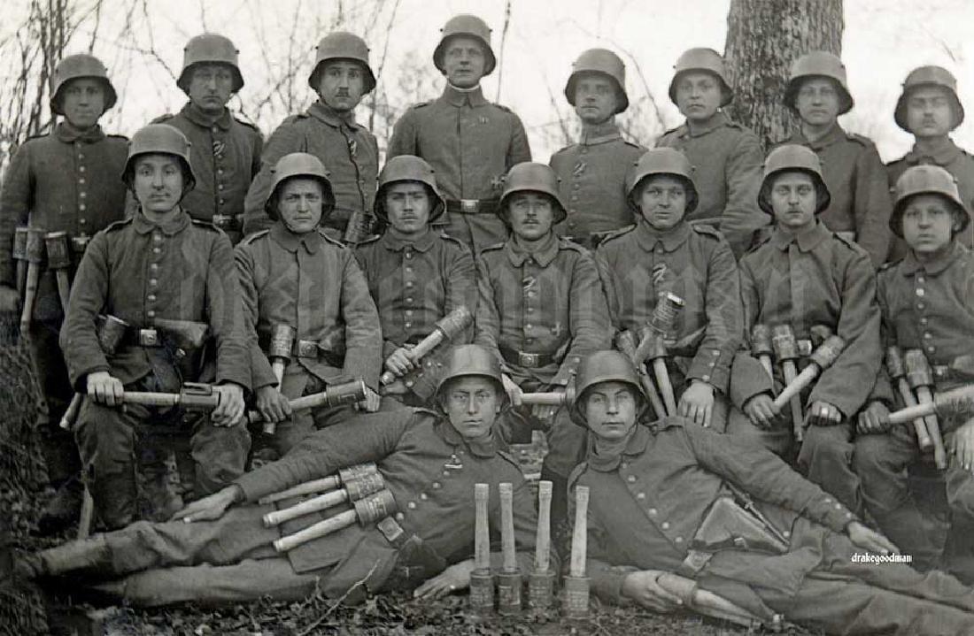 Original German WW2 IRON CROSS, Trench Art - 10
