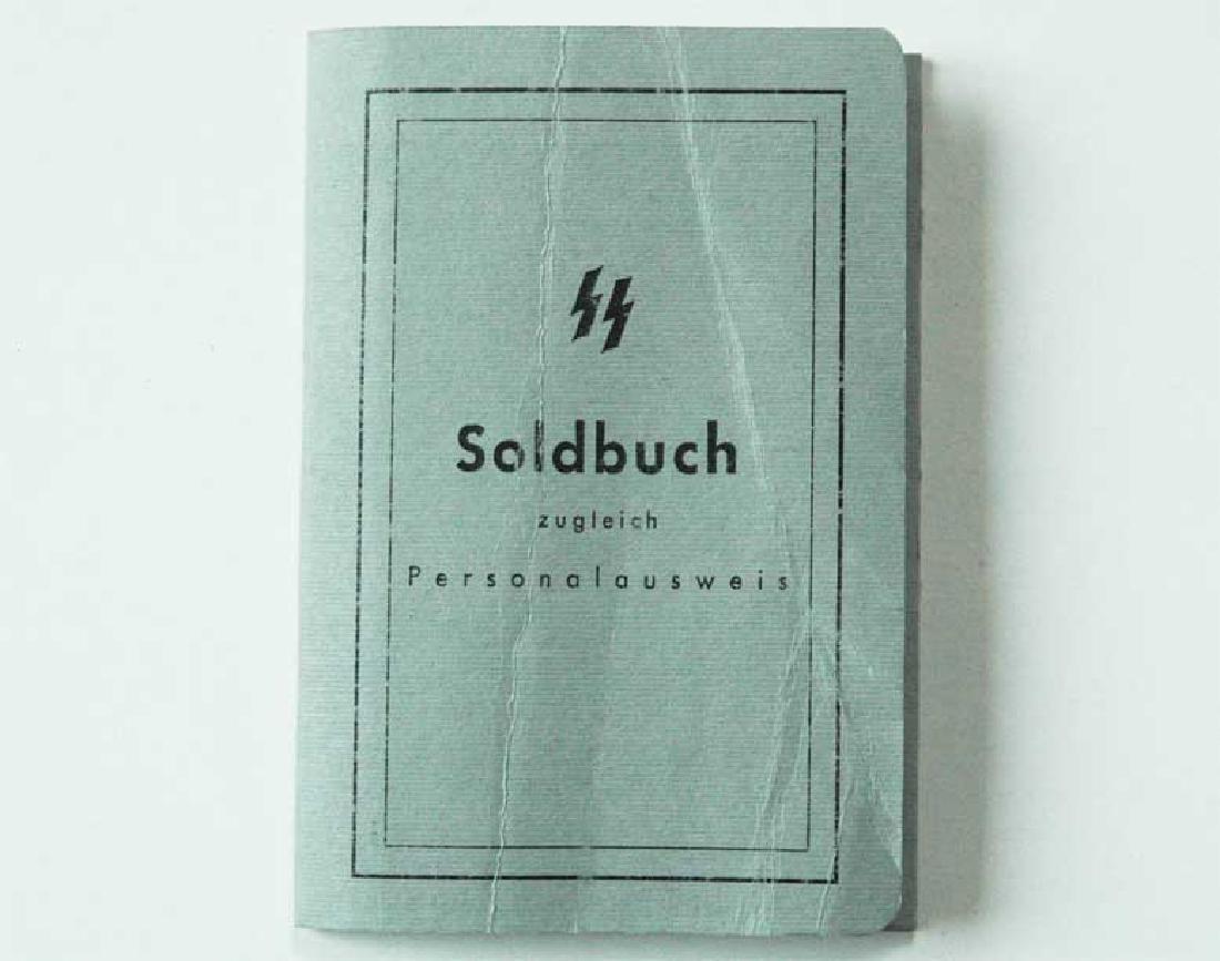 German WW2 Waffen SOLDBUCH, empty