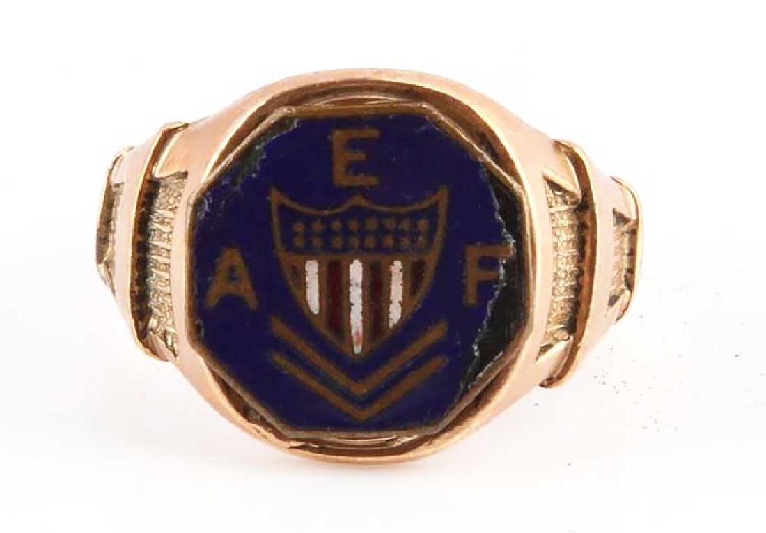 GOLD SIGNET RING, USA AEF DOUGHBOY ENAMELLED