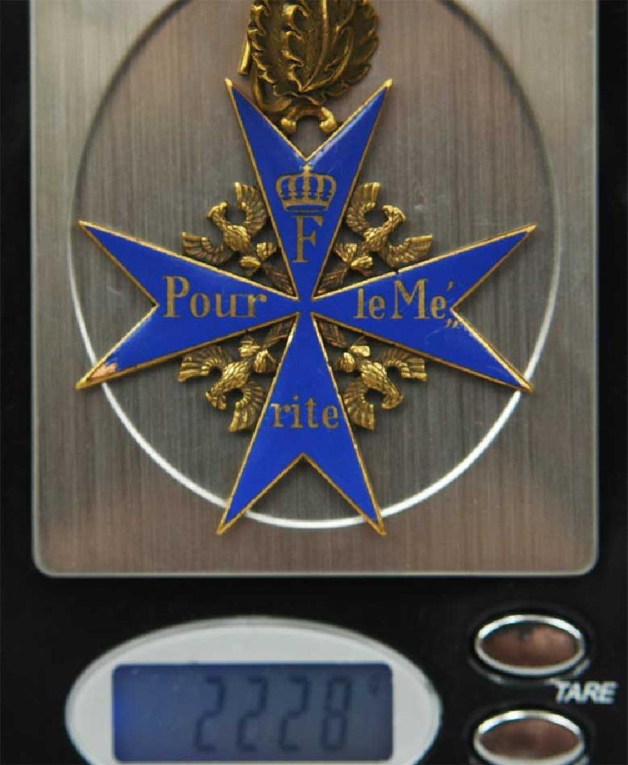 UNIQUE Order Pour le Merite, gold w. Ribbon - 14