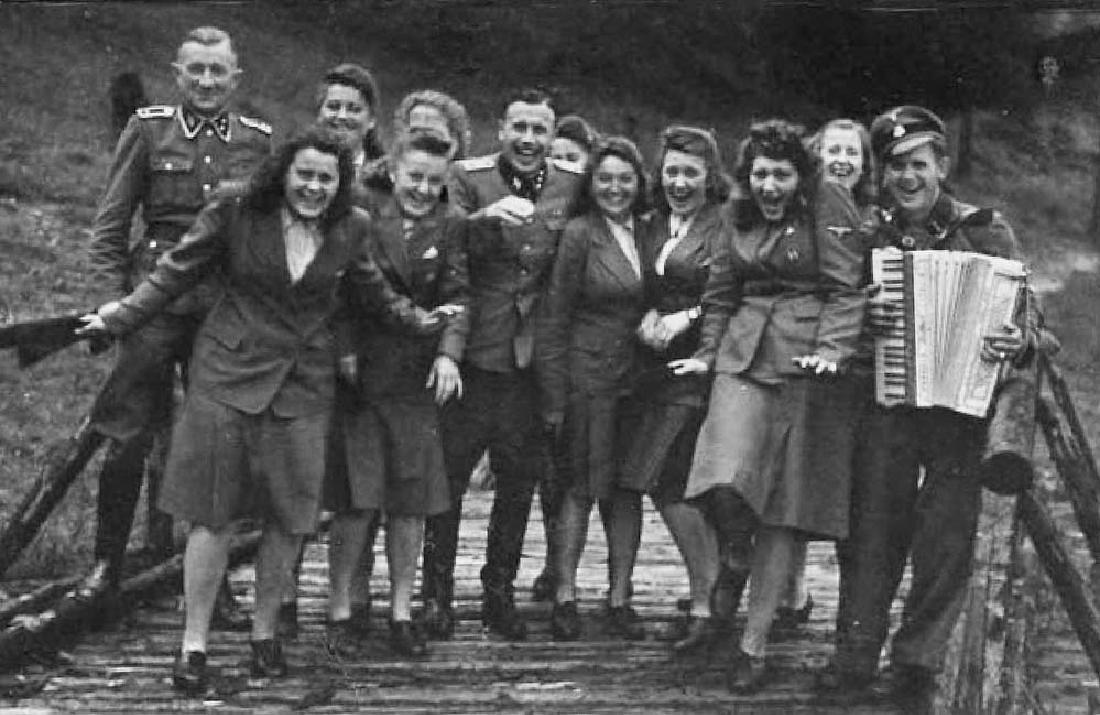 German WW2 Mirror KZ DACHAU LAZARETT, 1943 - 7