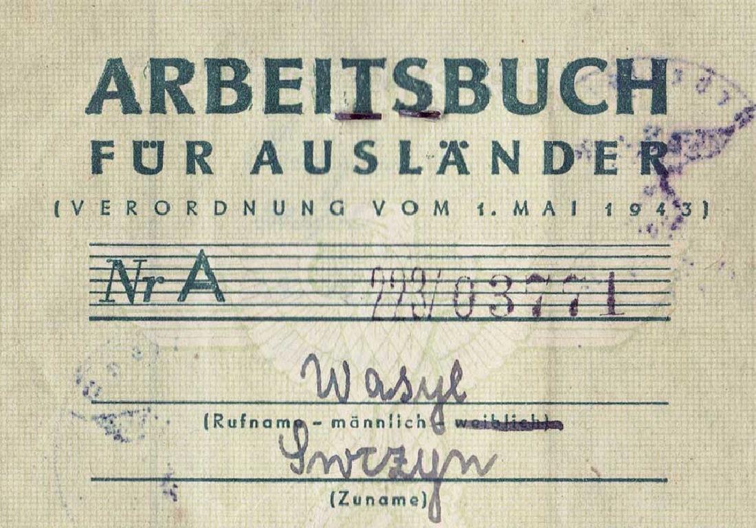 German WW2 Polish Arbeitsbuch w. Strange Notice - 6