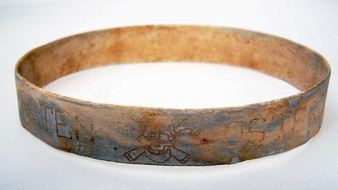 GERMAN WW2 Bracelet w. SKULL & BONEs, KARPATEN OSTFRONT