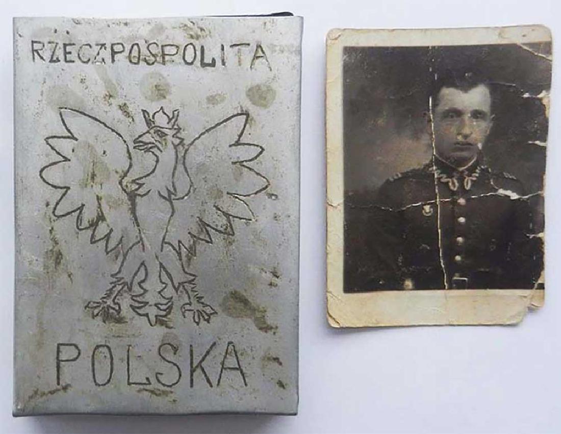 Polish WW2 Cigarette Case + Photo + Medal, Armia