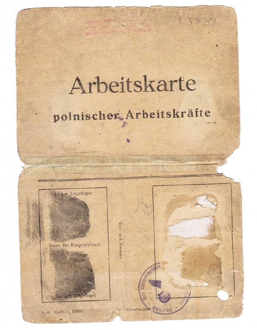 German WW2 Arbeitskarte OST Worker w. Fingers Stamp