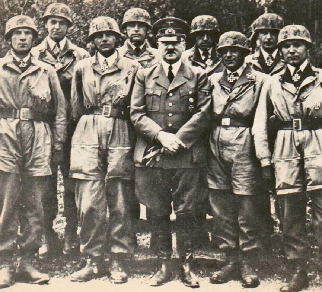 German WWII Photo of Adolf Hitler w. Paratroopers, - 2