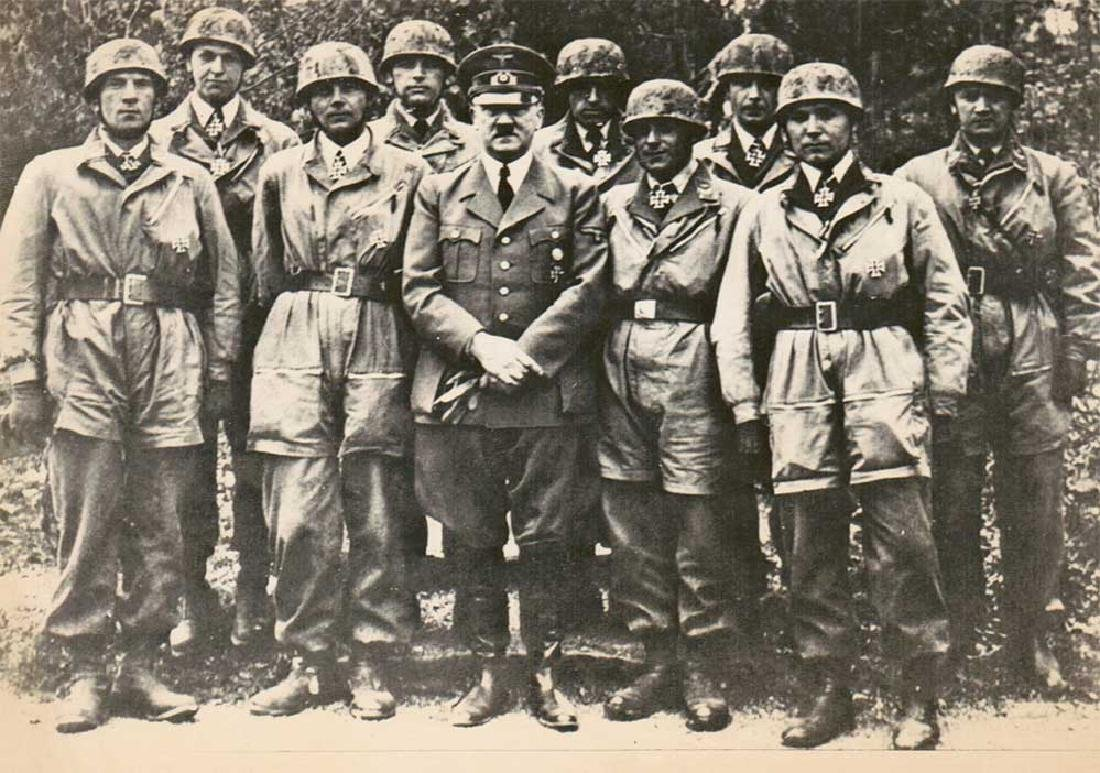 German WWII Photo of Adolf Hitler w. Paratroopers, - 4